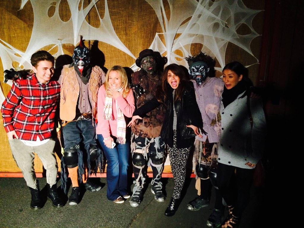 Had a gr8 time at @knotts #ScaryFarm this past wknd! How was your Halloween? http://t.co/QzPPiH3l2n