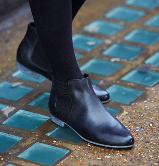 Not a fan of heels? No problem. #Clarks http://t.co/dZUAAWIBwW