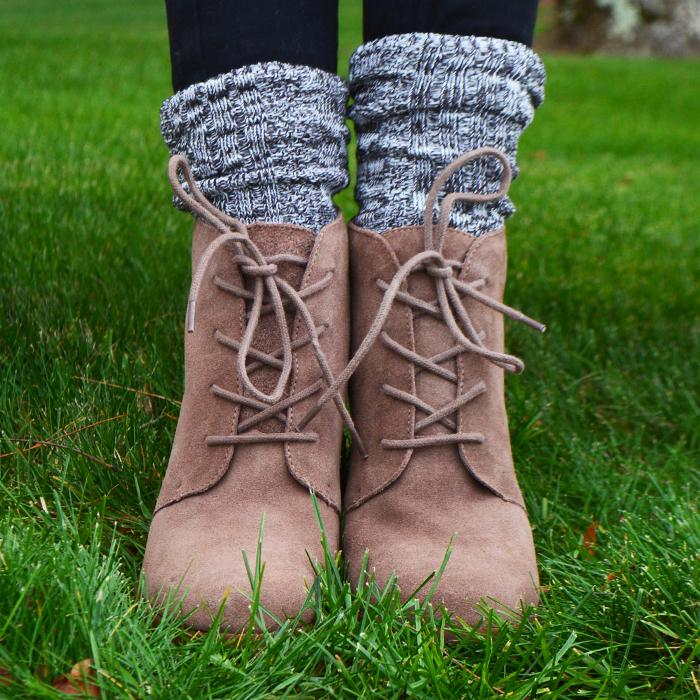 These cute socks cozy up any boots: http://t.co/xkUfMPadfl http://t.co/2fQJvOAxDF
