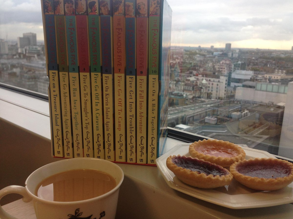 Time for tea, jam tarts &of course some #FamousFive! RT by Friday to WIN &read #EnidBlyton for your tea time! UK only http://t.co/SPDHQlEyns