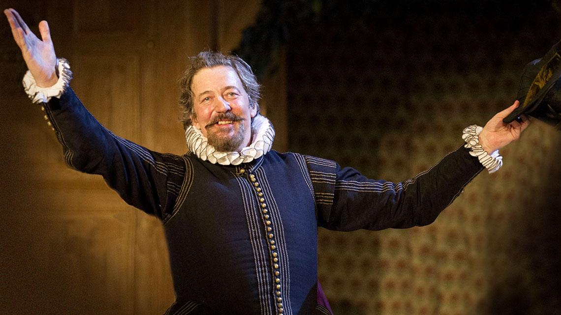 RT @SkyArts: .@stephenfry returned to the stage after 17 years alongside a star cast for @The_Globe's Twelfth Night: 8pm, SkyArts2 http://t…