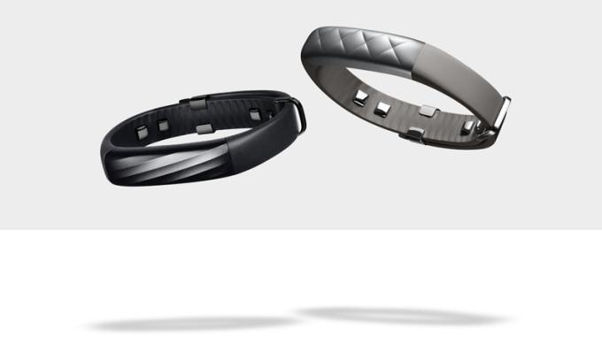 Jawbone's UP3 crams more sensors into a $180 one-size-fits-all band