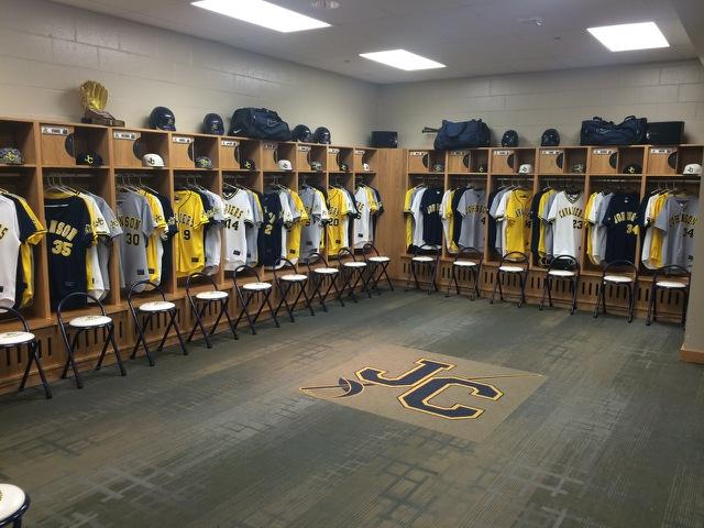 Cavalier Baseball On Twitter JCCC Locker Room Looking Good All Cleaned Up Welcome To Country Tco BuGvYhkoGk