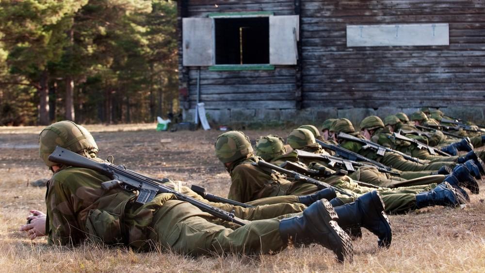 Kritisk om medienes håndtering av #Aspelund-saken i #Forsvaret http://t.co/SD9RZsaqpd http://t.co/Y3OYrxwM8b