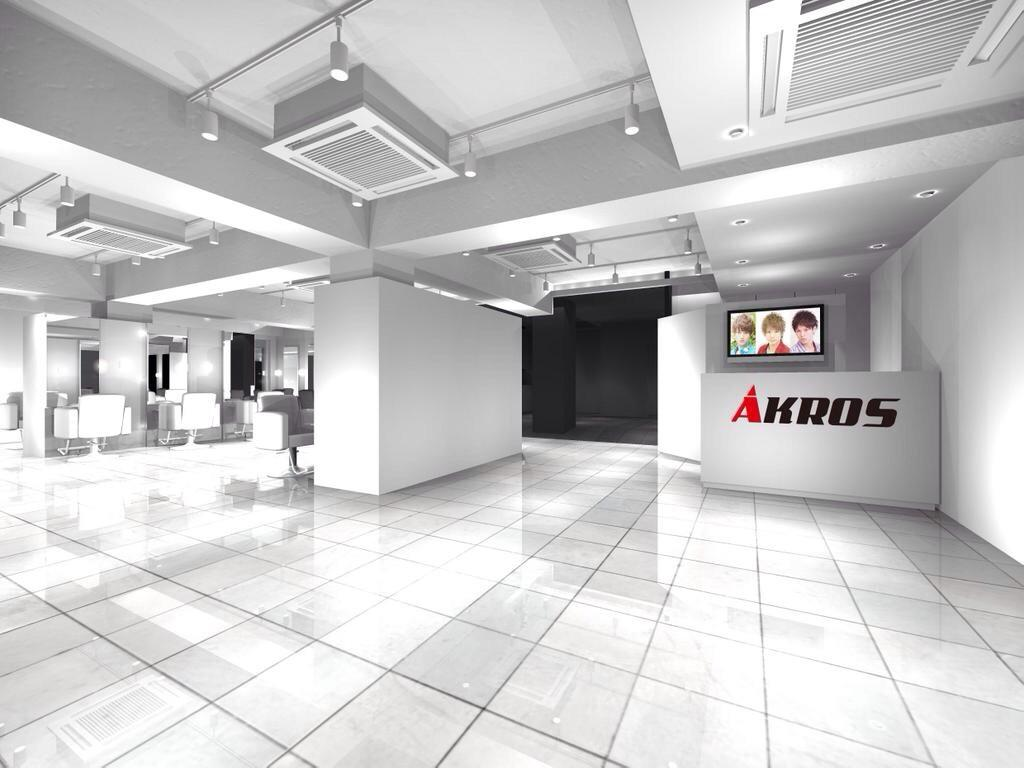 【2014.11/19】  AKROS原宿店オープン!!  中学の頃からの夢が遂に現実に!!  これからが第二章の幕開け!!  AKROSを必ず日本一にします\(^o^)/ http://t.co/zMa1JLbL4P