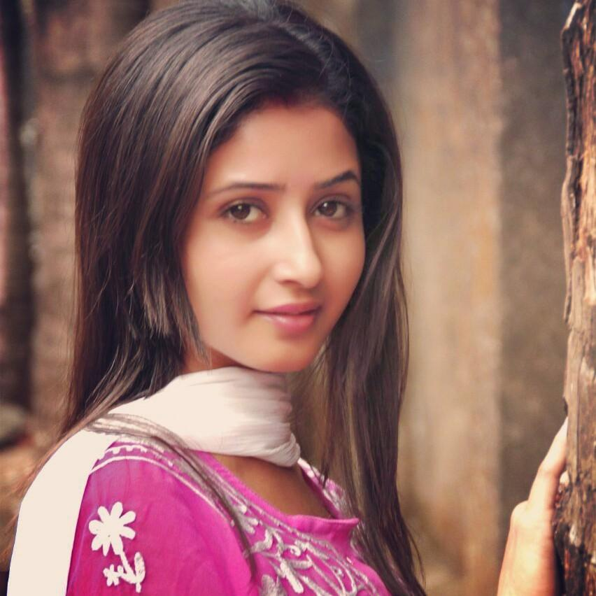 Sana Amin Sheikh/ Sana Sheikh Off screen Picture/Image/Picture