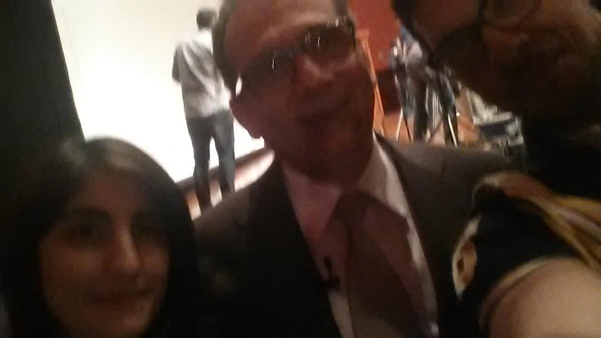 #selfie with ambassador Mohamed Tawfik after a inspiring and intresting lecture. @mghali6 http://t.co/p6Gg91LPqG