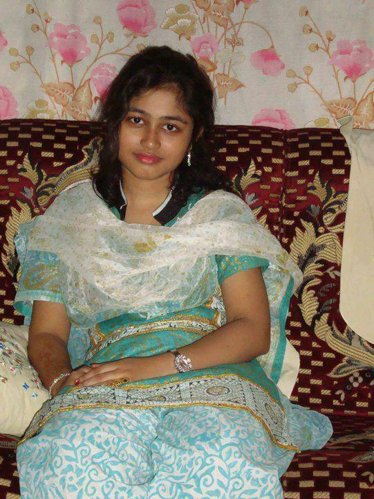 Teasing kollywood nude aunties and teenage girl woman large