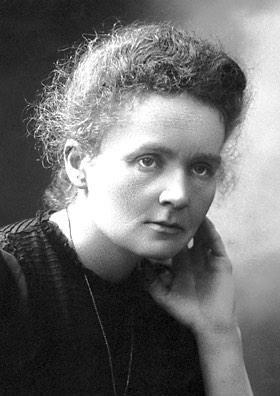 @GraemeManson1 @OrphanBlack @tatianamaslany Madame Marie Curie 🔬📚 #SheBlindedMeWithScience http://t.co/cabKEqhbwl