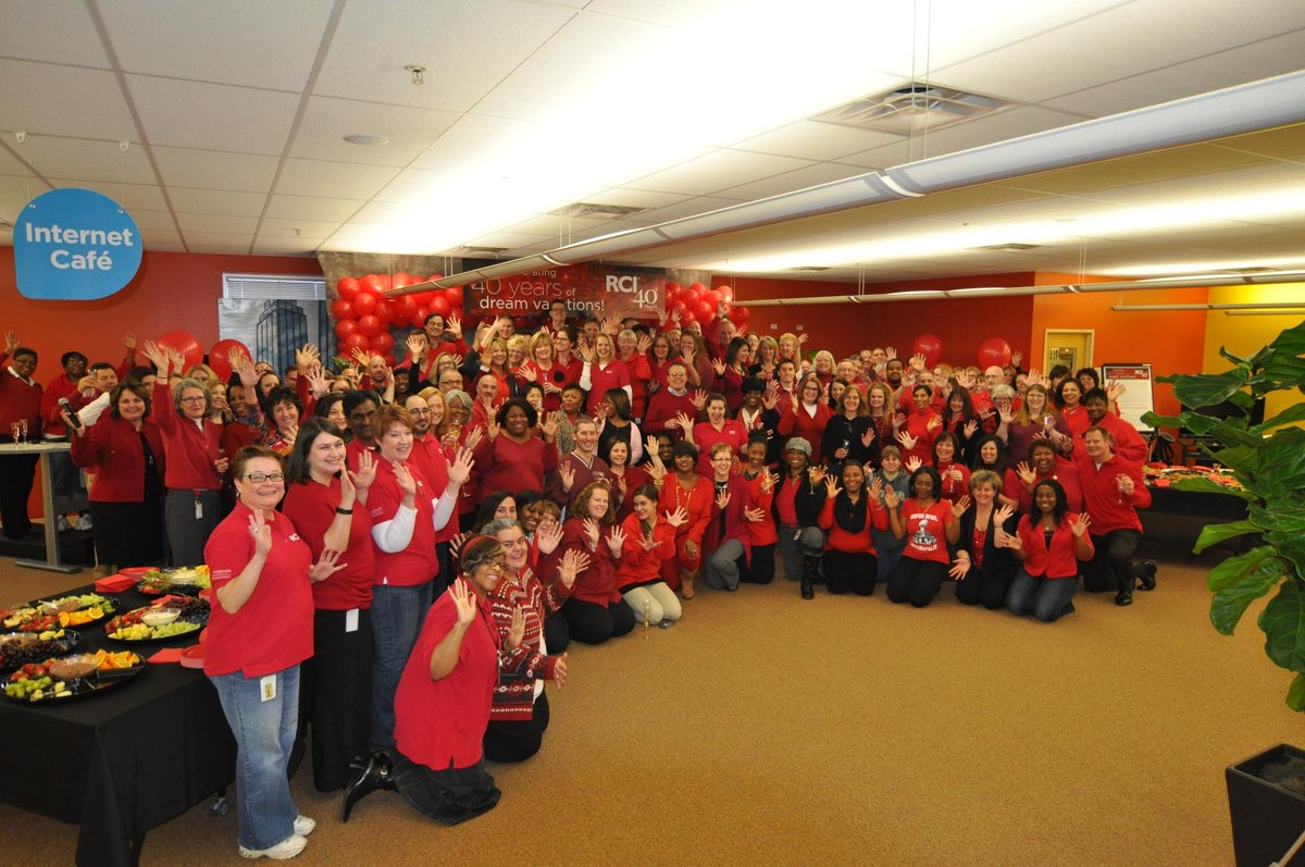 RCI Indianapolis associates celebrate 40 yrs of sending members on their dream vacations! #Work4RCI http://t.co/ZTX6ZmalnJ