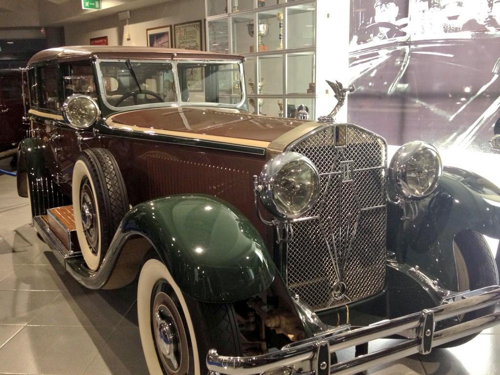 Tradizione e modernità del mondo dell'auto: Stoccarda incontra Verona al Museo Nicolis Villafranca di Verona