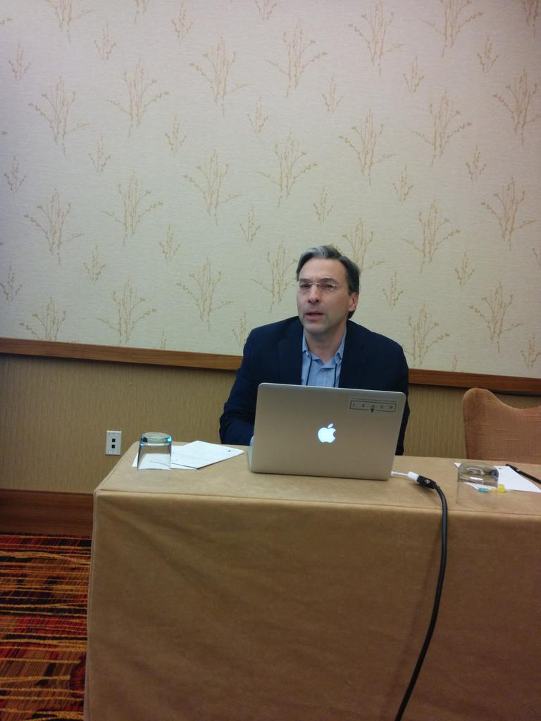 "@WalterHawthorne talking about ""Why digital African Studies"" here at #asa2014 http://t.co/hf61VVjZV3"
