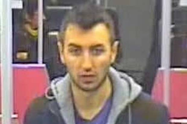 RT @standardnews: Police hunt for man who exposed himself and performed sex act in front of girl on train  http://t.co/pbEZzuUKtc http://t.…