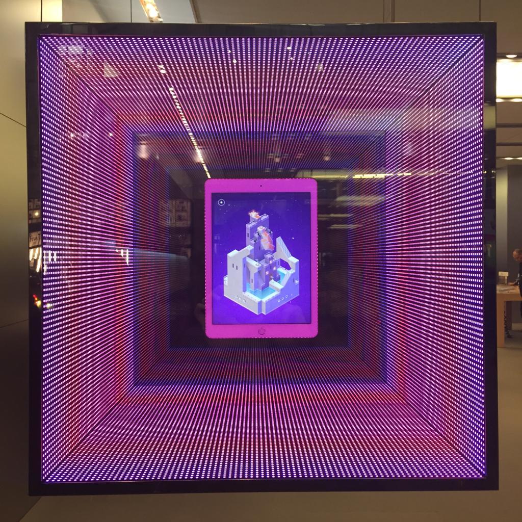 @millsustwo Apple Store Regent Street #monumentvalleygame http://t.co/96xioOhIlJ