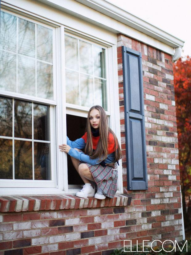 We never thought we'd see the day that @DanceMoms star @maddieziegler would go high fashion: http://t.co/2wHxPQCI20 http://t.co/ESLjXqex31