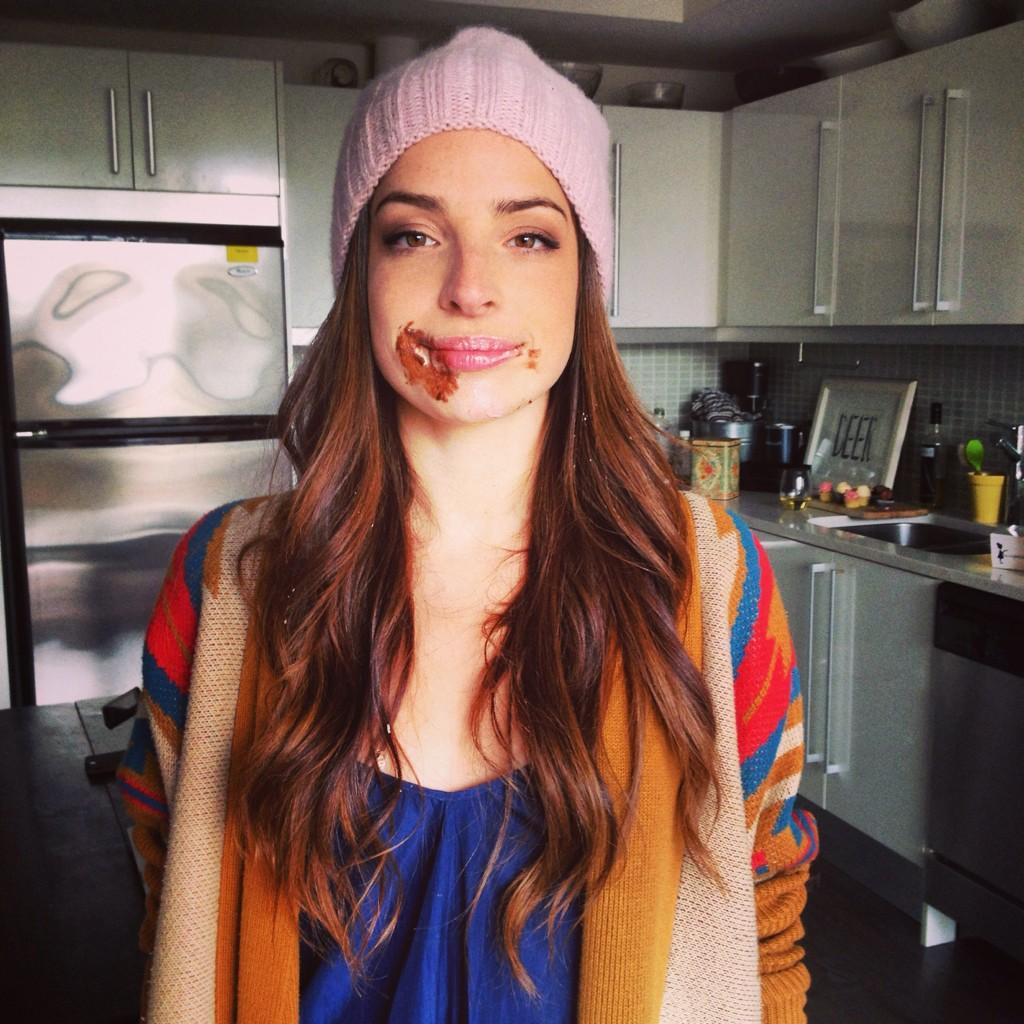 Anna Hopkins On Twitter Girl Couch The Short Film Coming Soon
