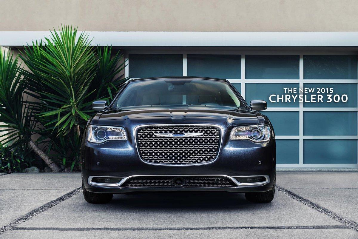 Mic drop. #LAAutoShow #Chrysler 300 http://t.co/6bNUcYCzng