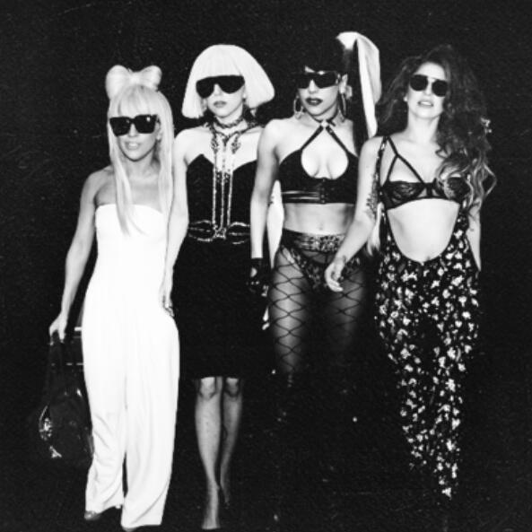 Lady Gaga sobrepasa oficialmente los 10Millones de álbumes vendidos solo en Estados Unidos. #MTVStars Lady Gaga http://t.co/8E1zdYzs7J