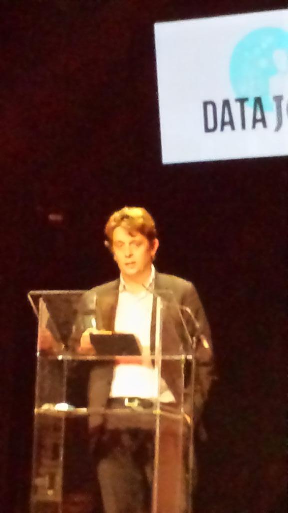 Projets du pôle emploi store et de l'accès des taxis aux données de navigation @HenriVerdier  #datajob2014 #data http://t.co/uMJoqYV24J