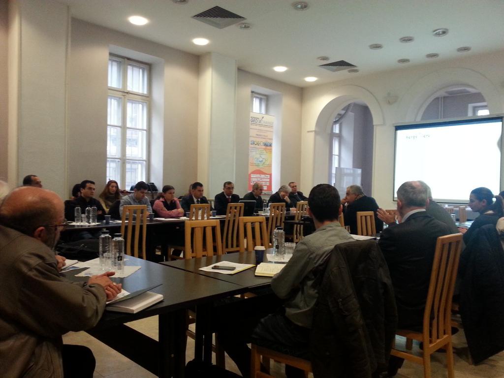 GeoDH seminar today. Debate on efficiency of geothermal energy. http://t.co/1kIegmFm0s