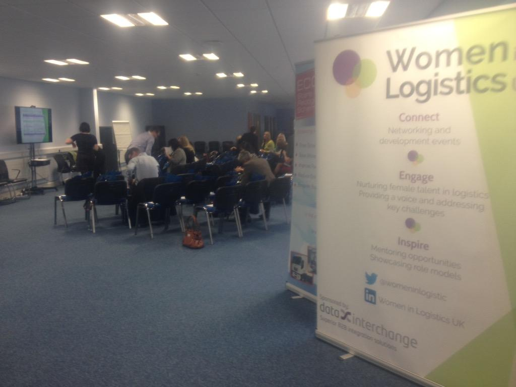 Here at @WomenInLogistic #WiLOldham14, ready for an exciting day! http://t.co/bVSxBK8x9A