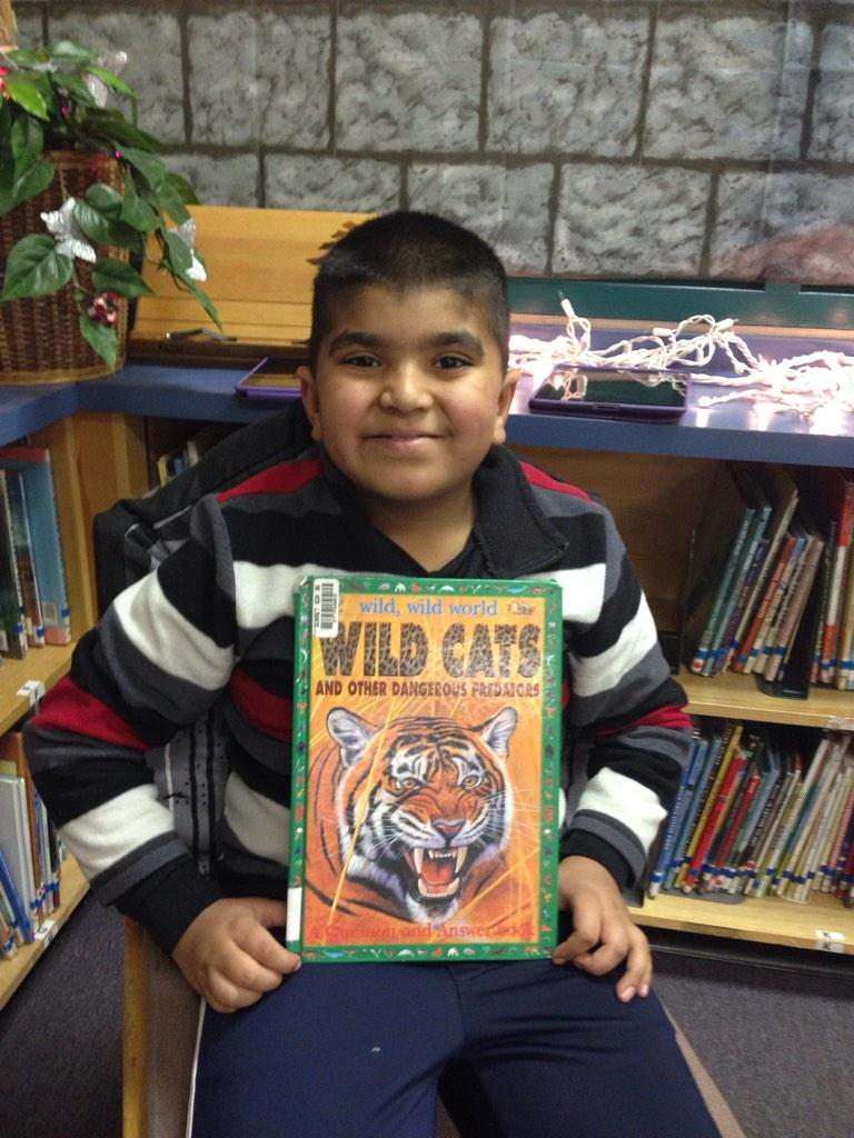 Wild Cats tells about dangerous predators and how they hunt. My fav is a hyena. JD #gvlearn http://t.co/NfjS4HycpB