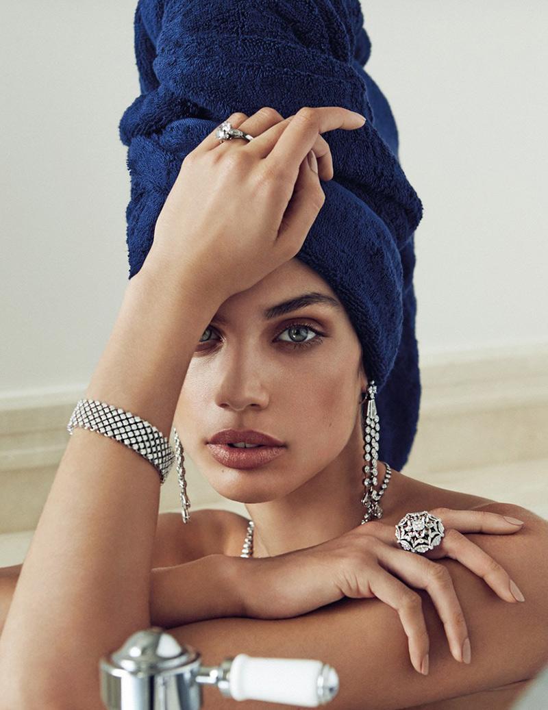 Portuguese beauty @Sara_Sampaio drips in exquisite gems après-bath for Vogue Espana! http://t.co/jrrizioRnk http://t.co/y7pRIwFtuI