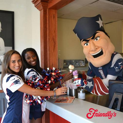 Stop by our #Saugus, MA restaurant tonight from 5-7pm to meet @PatPatriot and members of @PatsCheer! #PatriotsNation http://t.co/Ewa8B41e6y