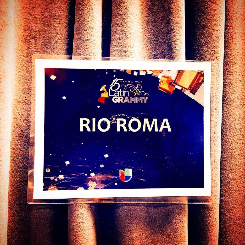 Hoy!!! @RioRomamx #LatinGRAMMY http://t.co/r2pKj1wUUQ