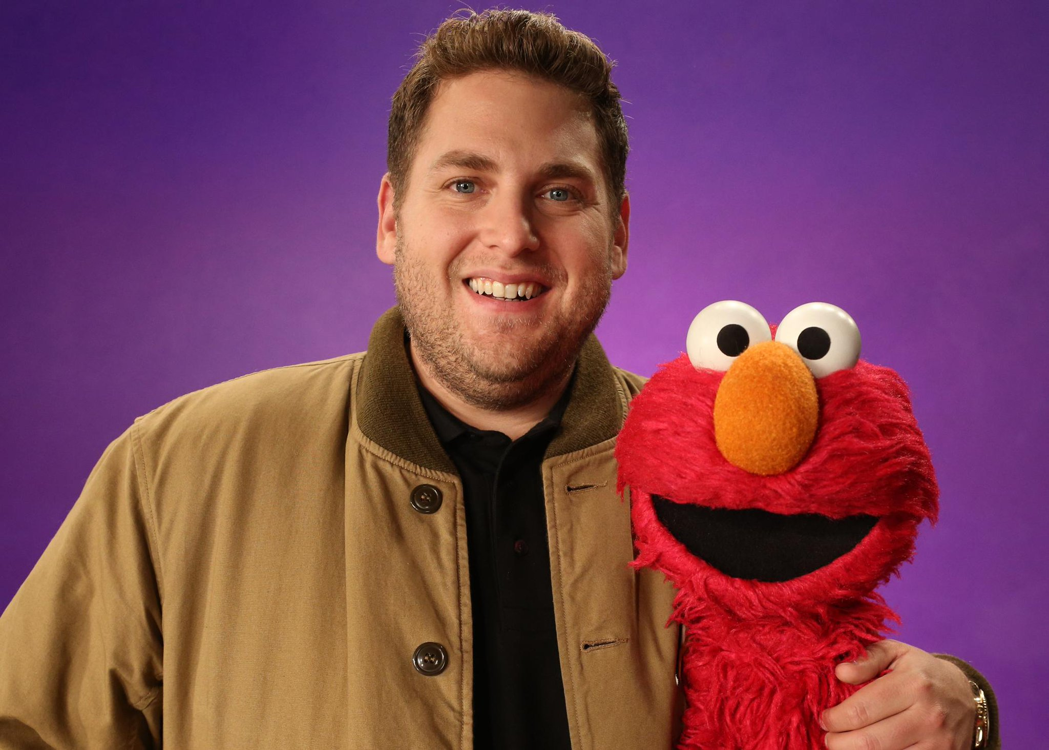 Elmo loves his friend Mr. @JonahHill! This week we learned all about the word E-M-P-T-Y. Empty! http://t.co/HgUSCcnj9S