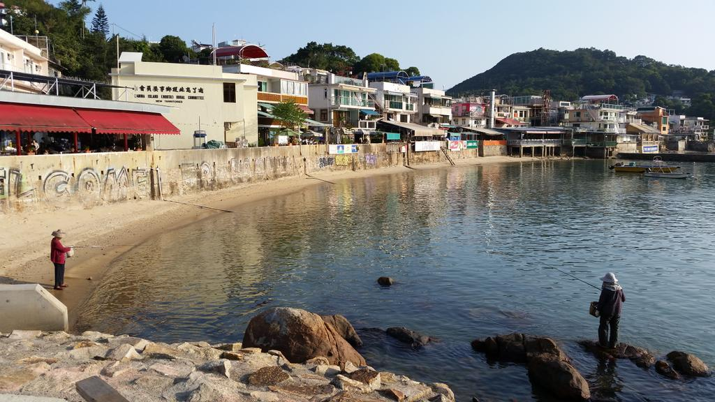 Fisherwomen - Lamma Island. Have great fondness for HK- also happy to be going home after two months of Limboland http://t.co/AoLKKVmNuY
