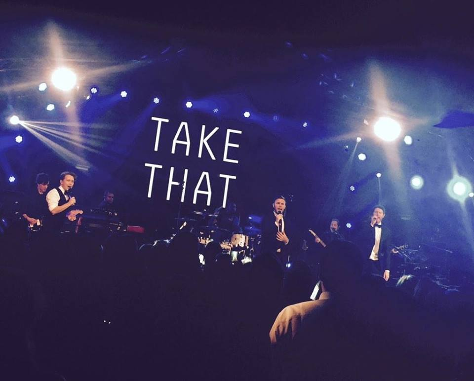 RT @RobbieandGary: @OfficialMarkO @GaryBarlow @HowardDonald Greatest Day (credit to owner) http://t.co/3rqon9Qhbz