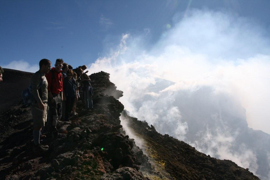 "Add #Etna to your ""amazing volcano hikes""! @blackpanterro MT @AFARmedia: ""climb a volcano"" http://t.co/4a5O5nKbph"