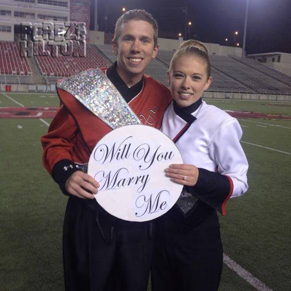 Drum Major got one of the best surprise proposals EVER! Watch HERE! http://t.co/E7xMhZpvxU http://t.co/1GFk8yu7AV