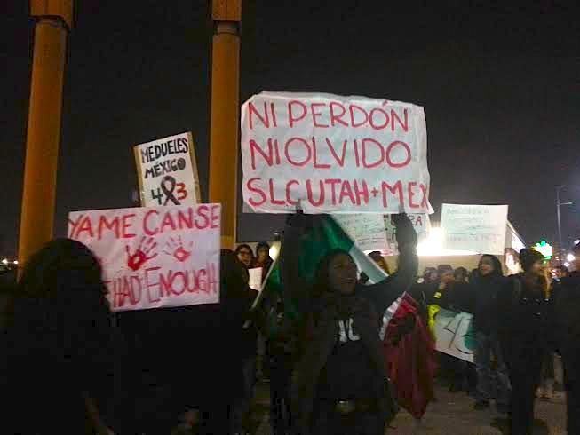 Ni perdón! Ni olvido! Neither forgive! Neither forget! #43 #YaMeCanse #SaltLakeCityConAyotzinapa #SLCconAyotzinapa http://t.co/du0TLmXS3e