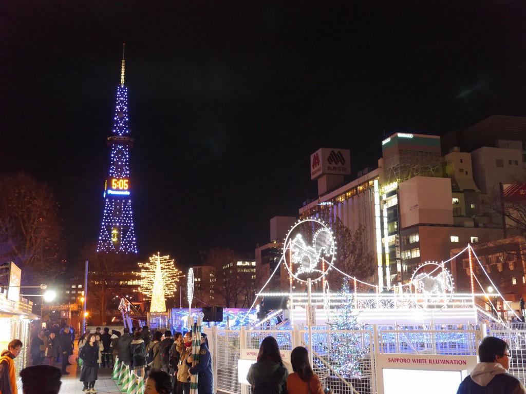 【今日の札幌】ホワイトイルミネーションはじまったよ。 http://t.co/qvByQFX1vj