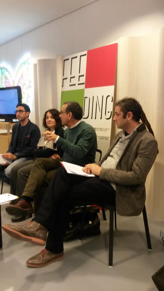 #feedingcreativity Interviene per i saluti Gigi De Luca, vice presidente dell'Apulia Film Commission http://t.co/Yp52R7rwtu