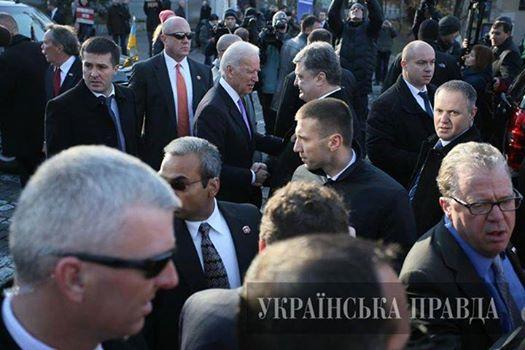 Порошенко обсудил с Байденом координацию действий на случай прекращения Россией поставок газа - Цензор.НЕТ 2252