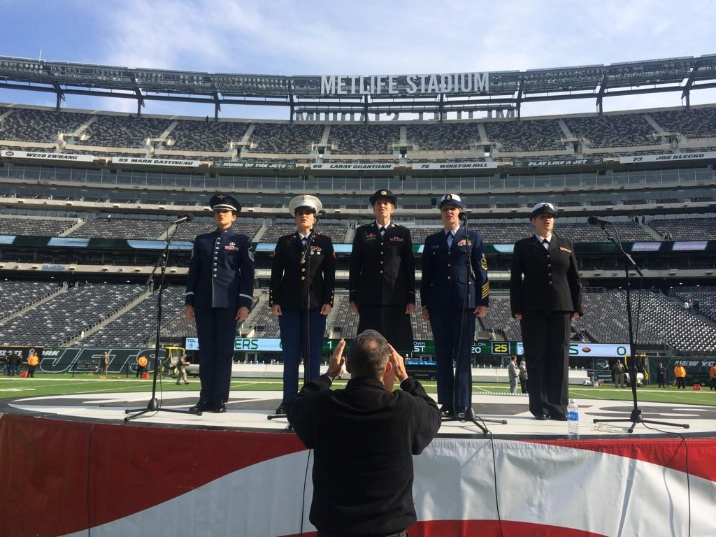 Today is the first NFL game ever to have one woman from each branch sing The National Anthem. #SaluteToService http://t.co/5fu9XUyLqV