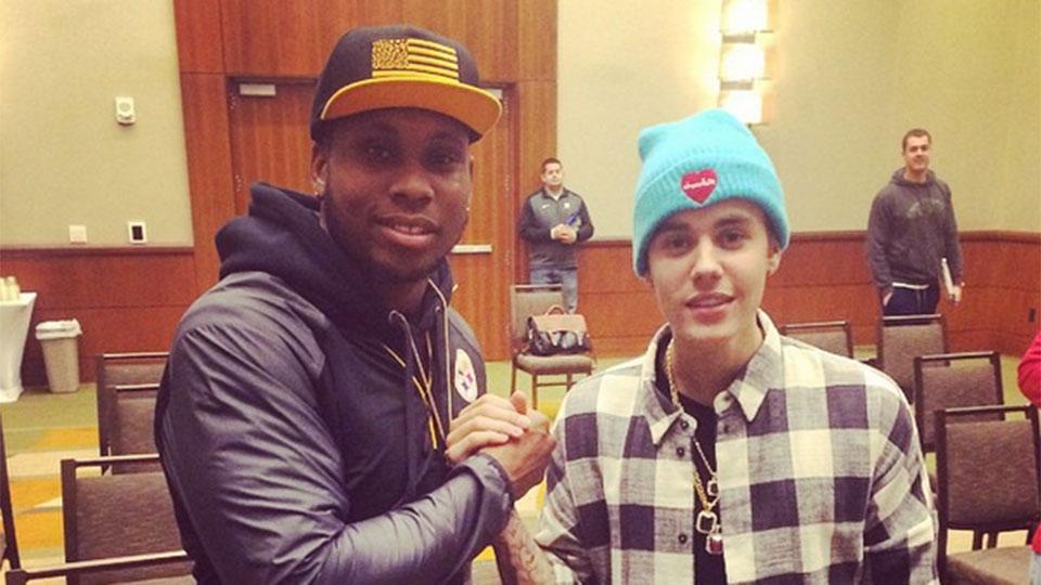Hinchas de un equipo de la NFL culpan a Justin Bieber por su derrota