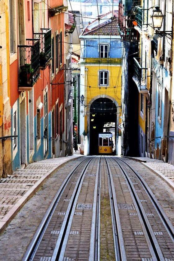 """""""Lisboa"""" by Fábio Eusébio #photography http://t.co/tgTqObJGTY RT @chinneolhungdim @Moonlight1390"""