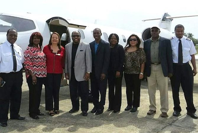 The last photo of Dr. Myles Munroe taken before the jet crashed, killing all nine onboard. #RIPMyles http://t.co/p9BCyMhQEe