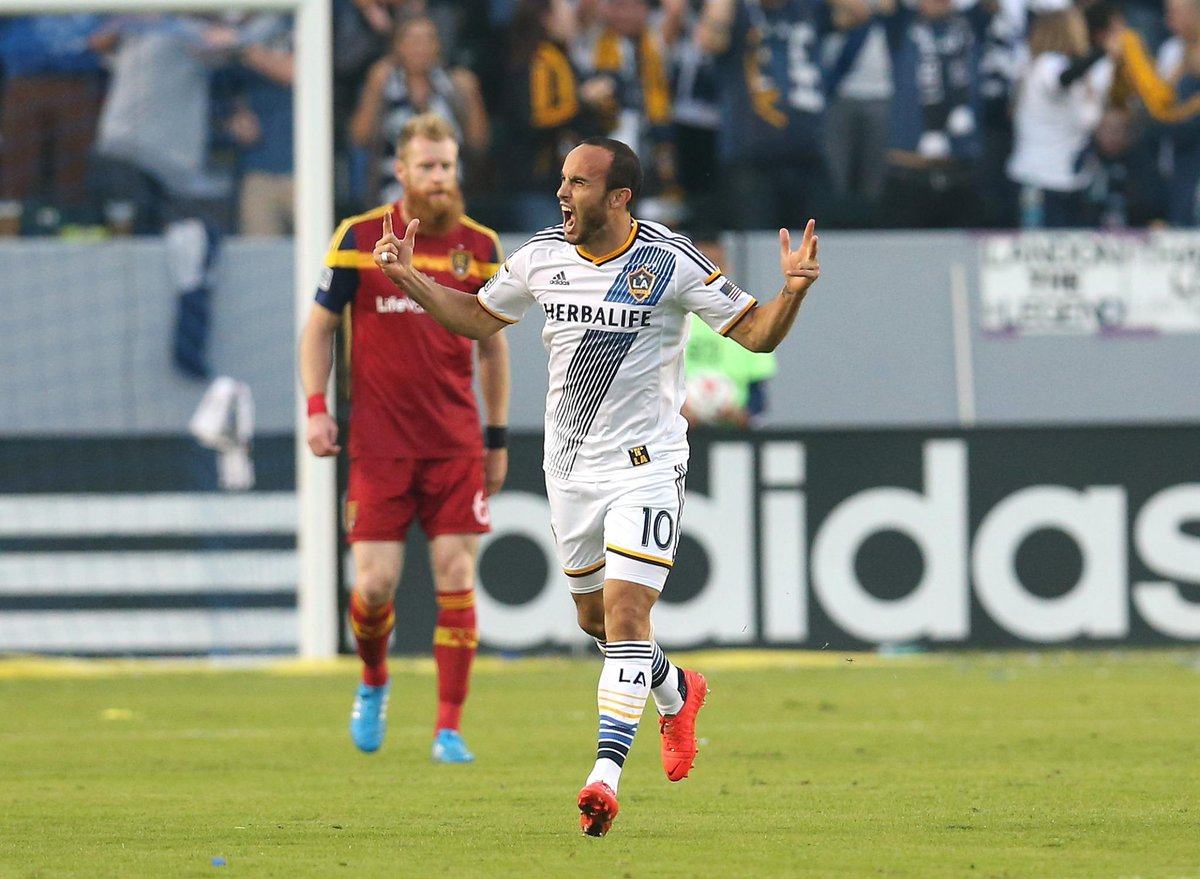 Landon Donovan celebrates one of his three goals that helped the Galaxy advance to the Western Conference Championship (@Sportscenter/Twitter)