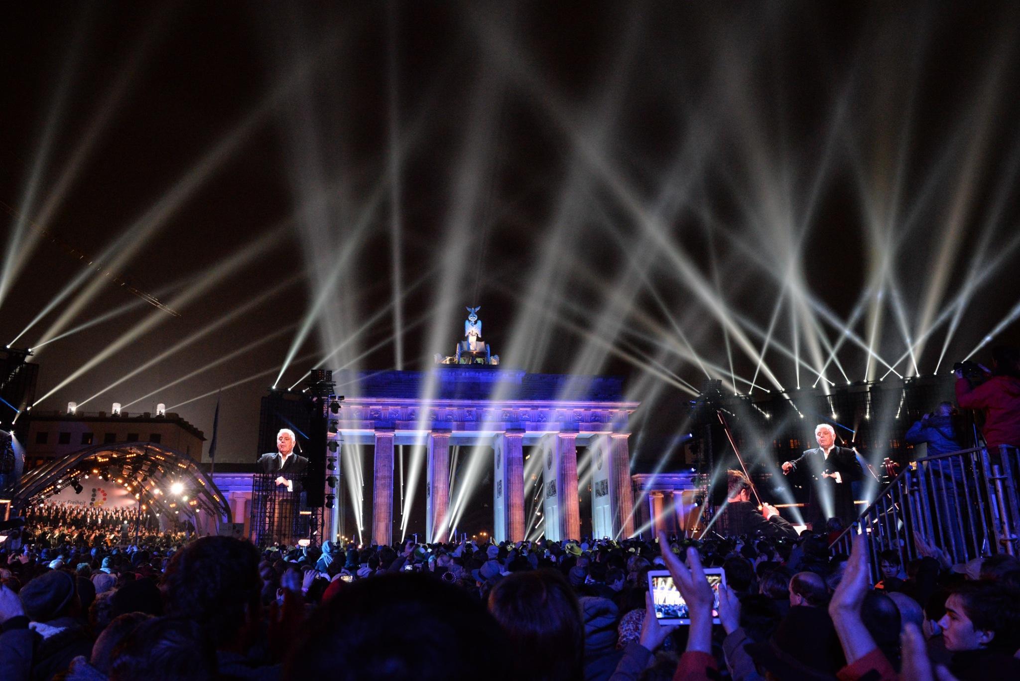 Brandenburg Tor 2014-NOV-09