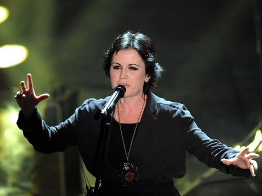 Arrestata la cantante Dolores O'Riordan dei Cranberries