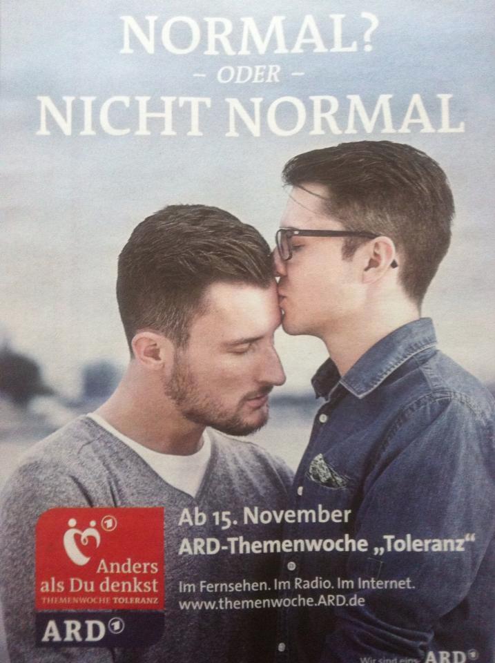 Bild von einem schwulen Paar mit der Überschrift