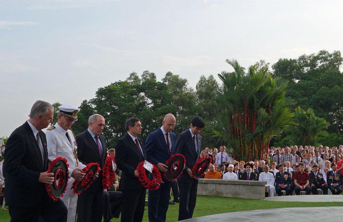Посол Моисеев в Сингапуре почтил память погибших в Первой Мировой войне http://t.co/rbDwcn9Cjm   #Remembranceday #WW1 http://t.co/U3YUD9pwRi