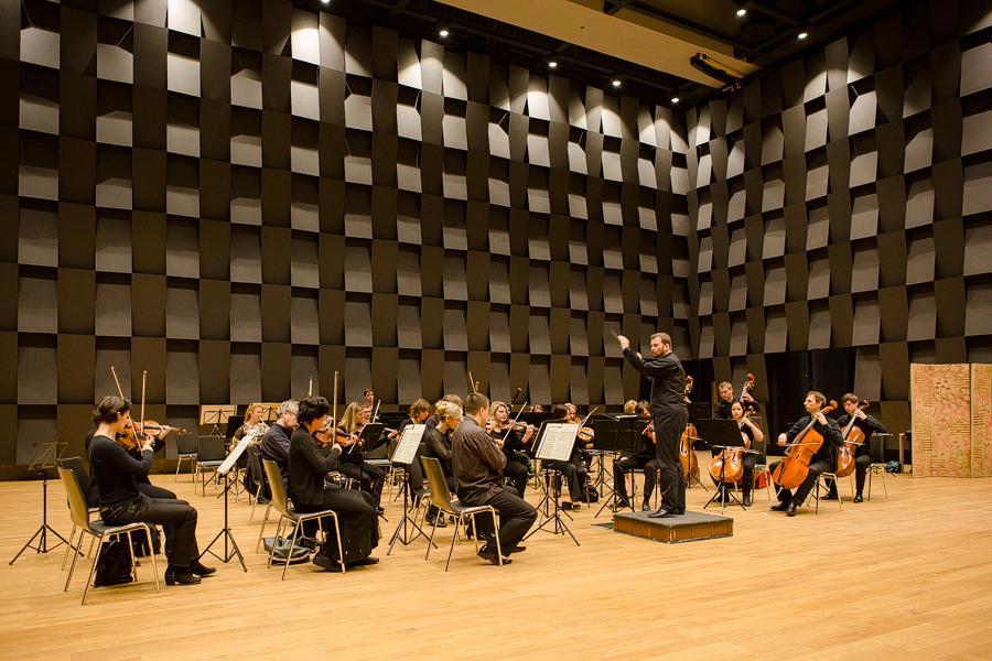 Forum Karlín představil novou spolupráci s orchestrem PKF – Prague Philharmonia. http://t.co/vZiLl2Zzvi