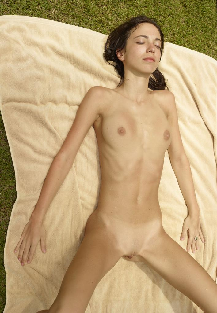extremely tiny girls nude