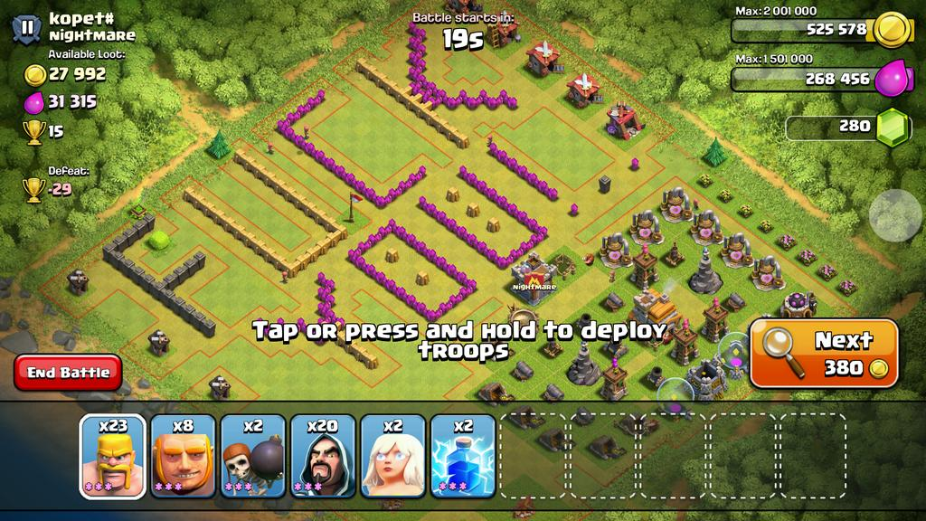 People on clash of clans are really creative. @FF_JonahGod @Its_Mikey_G @Lonsooooo @ItsRaymondKid http://t.co/RzbieQIROs